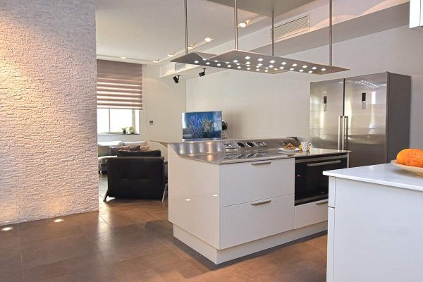 Property for Тинье Пойнт недвижимость Мальты аппартаменты Sale Tigne Point apartment Malta open plan kitchen dining and living